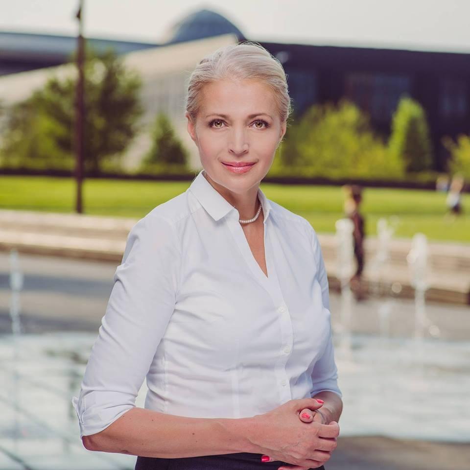 Sprawdzamy sondaże - https://www.sprawdzamysondaze.pl/samorzadowe-2018/wp-content/uploads/2018/09/Ilona-Kanclerz.jpg