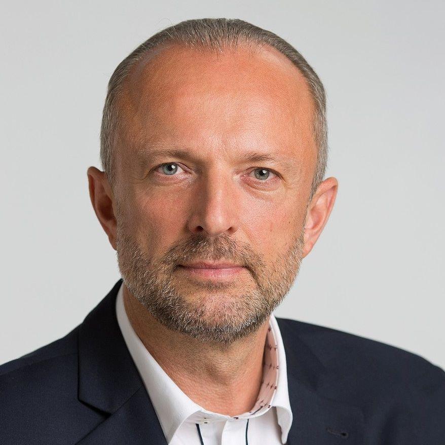 Sprawdzamy sondaże - https://www.sprawdzamysondaze.pl/samorzadowe-2018/wp-content/uploads/2018/09/Krzysztof-Adamczyk.jpg
