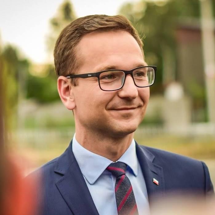 Sprawdzamy sondaże - https://www.sprawdzamysondaze.pl/samorzadowe-2018/wp-content/uploads/2018/09/Waldemar-Buda.jpg