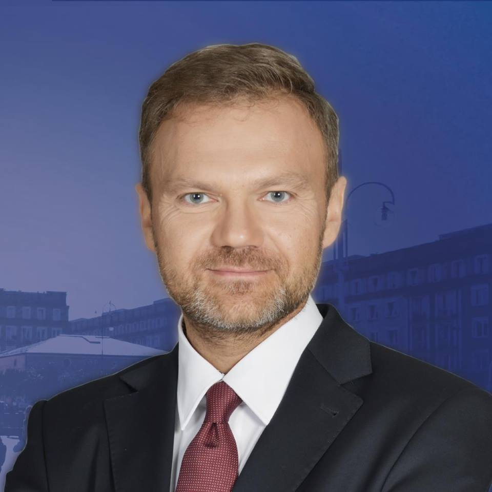 Sprawdzamy sondaże - https://www.sprawdzamysondaze.pl/wp/wp-content/uploads/2018/09/Artur-Warzocha.jpg