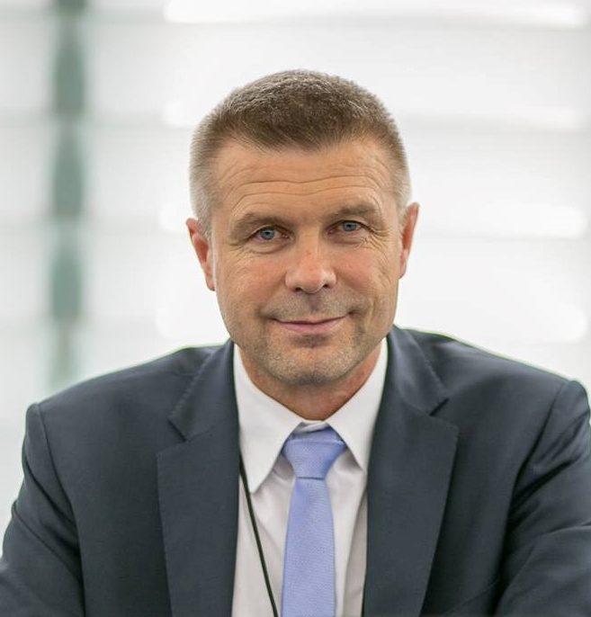Sprawdzamy sondaże - http://www.sprawdzamysondaze.pl/wp/wp-content/uploads/2018/09/Bogdan-Wenta-e1538385330216.jpg