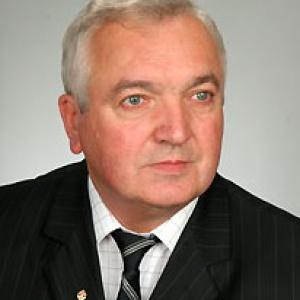Sprawdzamy sondaże - http://www.sprawdzamysondaze.pl/wp/wp-content/uploads/2018/09/Henryk-Moskwa.jpg